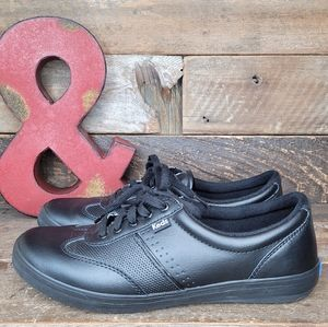 Classic Keds Black Leather Lace Up Shoes Size 7.5